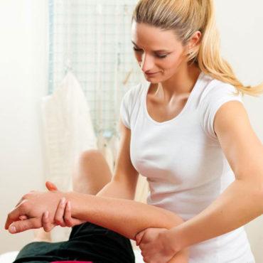 fisioterapista-lavora-con-assistiamo-te-web